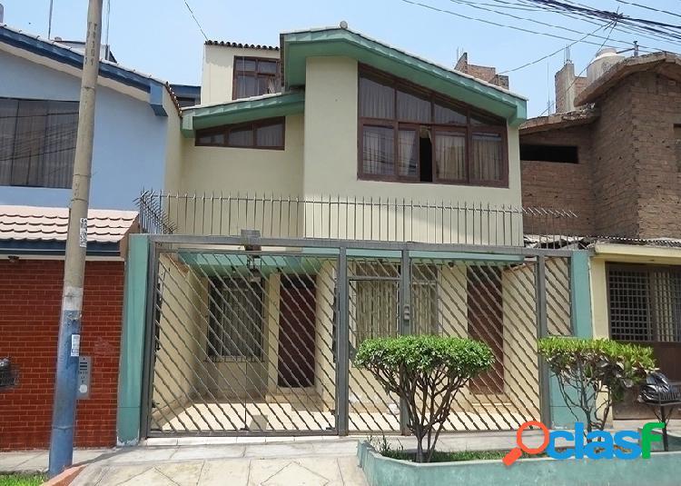 Casa en venta 3 pisos 160 m2 urb mayorazgo - ate