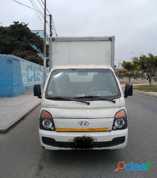 Se alquila Hyundai Porter (H 100)