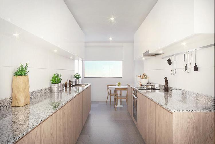 Departamento primer piso amplia terraza y jardines -