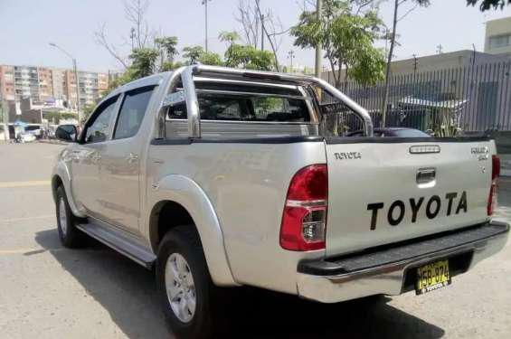 Toyota hilux. año 2013 en ayacucho