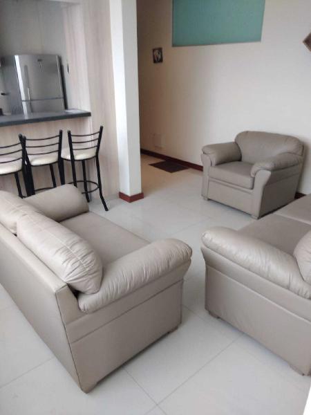 Vendo bonito departamento en segundo piso, en urbanización