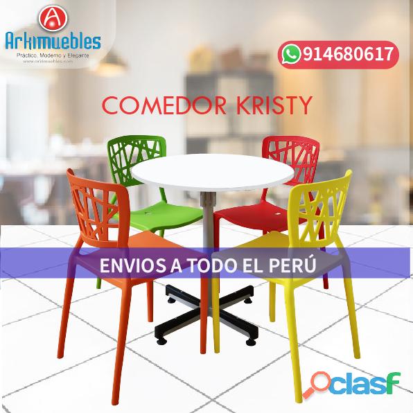 Variedad de sillas y mesas para restaurante en lima