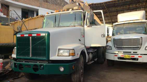Vendo camion volquete volvo white