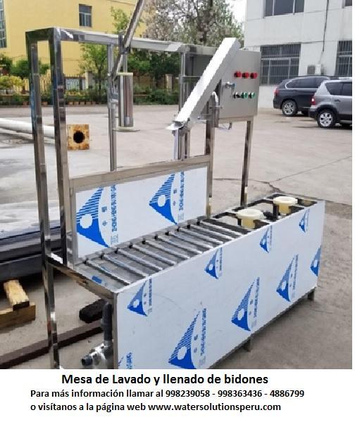Máquina de lavado y llenado de bidones o botellones en Lima