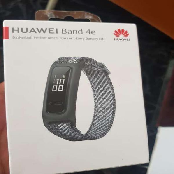 Huawei band e4