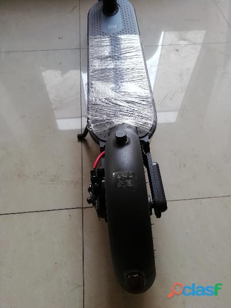 Scooter Eléctrico Xiaomi MI365 2
