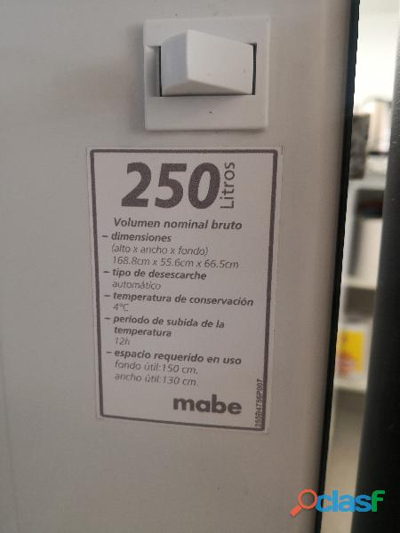 NEVERA MABE 250 LTS SEMINUEVO GRS GRAFITO 4