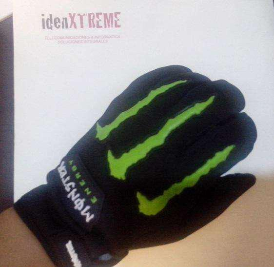 Guantes monster energy