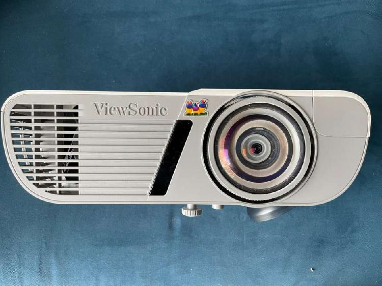 Proyector viewsonic pjd6352ls