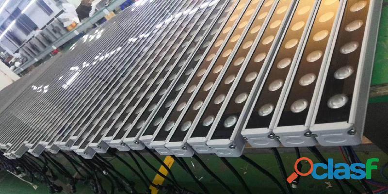 Bañador de pared LED y Focos Proyectores lineales Led 2