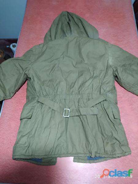 Vendo casaca acolchada procedencia U.R.S.S 2
