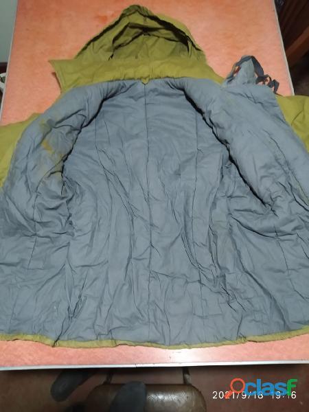 Vendo casaca acolchada procedencia U.R.S.S 1