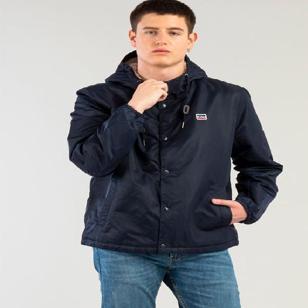 Casaca levi's para hombre hooded coach con sherpa